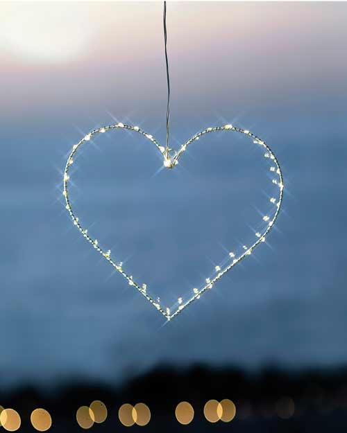 Winterliche Fensterbeleuchtung Liva Heart von Sirius