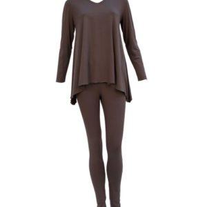 Schlafanzug biscuit lange Arme und Hose mit weitem Oberteil und Wegging Aubergine