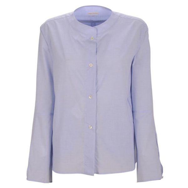 Robert-Friedman-Zoe-authentic-sophisticated-high-premium-quality-oversize-bluse-blouse-light-blue-stehkragen-stand-up-collar-summer-outfit-vorderseite-front