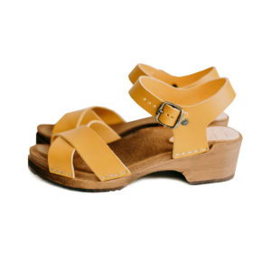 kitty-clogs-dansare-ochre-leder-leather-riemen-sandale-web