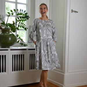 Philo-Rittana-Dress-grey-white-image