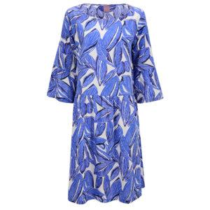Philo-summerdress-Rittana-leaf-print-blue-front-vorderseite
